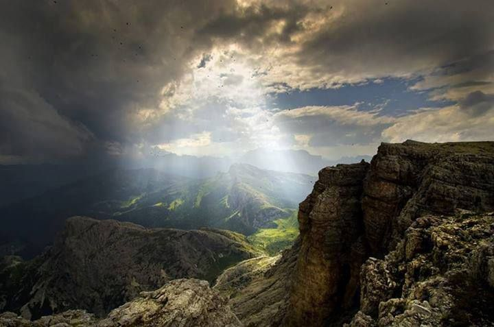 """Giorgio Dalvit, """"Il potere della Luce"""", Lagazuoi #Dolomiti #Veneto  #escursionismo"""