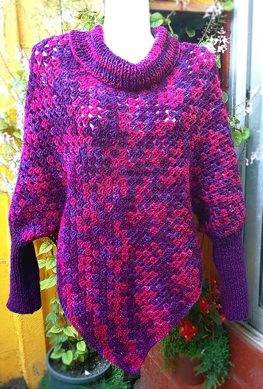 Knitting Pattern Poncho Sweater : Poncho con Mangas a Crochet y Palillos #knit #poncho #knitted Poncho Sweater ...