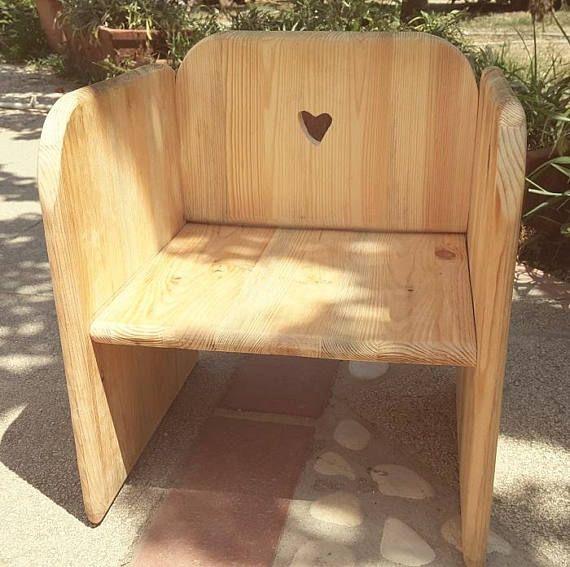 Sedia di legno per bambini. Sedia piccola Banchetto-Seduta