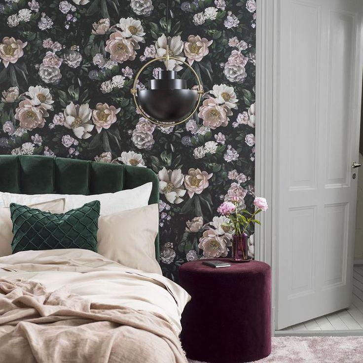 Engelska Tapetmagasinet - tapeter - In bloom - blommig tapet - Boråstapeter New Dawn Rose wallpaper