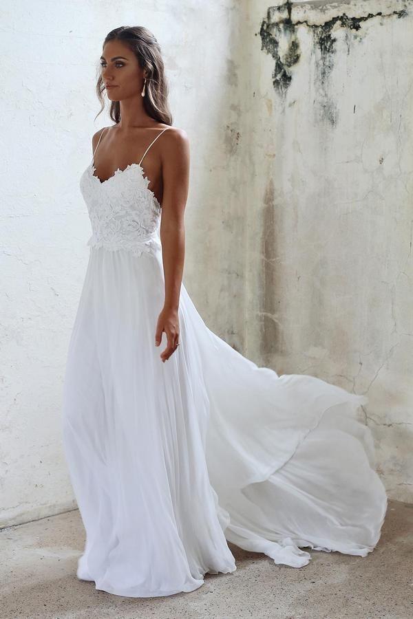 Grace Loves Lace – Unique Bohemian Lace Wedding Dresses | Hi Miss Puff - Part 14