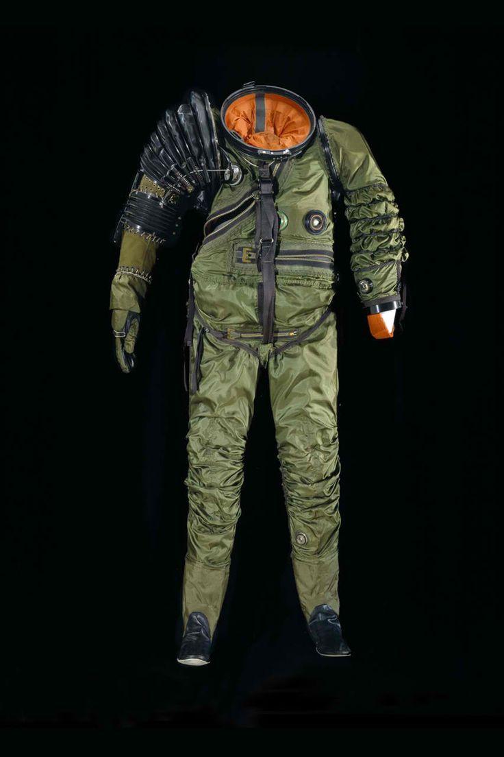 sci fi space suit wwwpixsharkcom images galleries