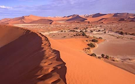 The captivating atmosphere of the Namib Desert.Nubian Deserts, Deserts Locations, Geography Projects, Deserts Rose, Southern Africa, Coastal Deserts, African Geography, Namib Deserts, Oldest Deserts