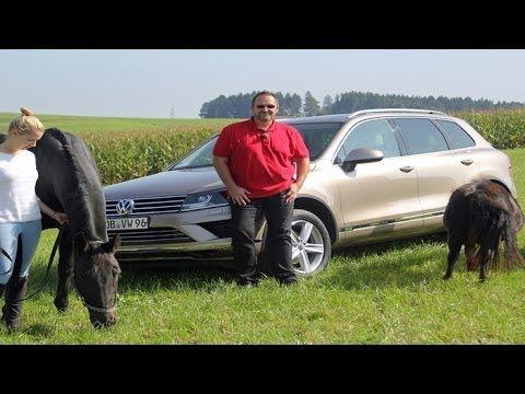 Fahrbericht VW Touareg: Der Pferdeflüsterer unter den SUV | Test | Fahrbericht Volkswagen stellt die optisch und technisch aufgefrischte Version des Touareg vor. Dank Allrad, reichlich Kraft und hoher Zuglast ist der Neue der perfekte Begleiter für jeden Pferdefreund. Mit neuer Front- und Heckpartie und reichlich modernen Assistenz- Systemen hat er jedoch noch wesentlich mehr zu bieten… Quelle: news2do.com