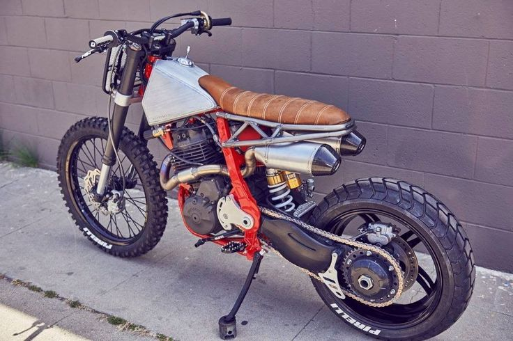 "Honda NX650 Street Tracker ""Death Crusher"" by Hutchbilt - Photo Jacques Weyers #motorcycles #streettracker #motos 