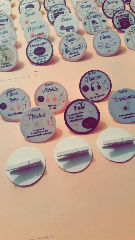 Nos 120 badges diy pour -de 5€  2