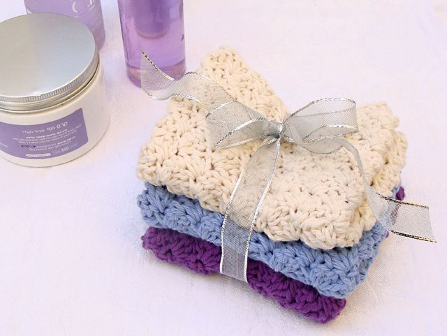 Crochet washcloths. What a great idea for a shoebox gift!