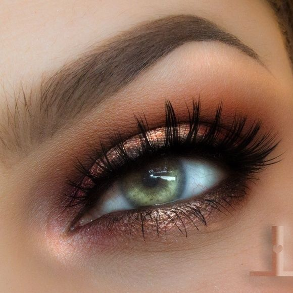Check out our favorite Spot light eye inspired makeup look. Embrace your cosmetic addition at MakeupGeek.com!