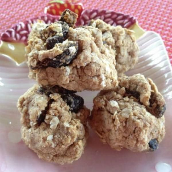 Fig and Vanilla Cinnamon Protein Cookie Balls