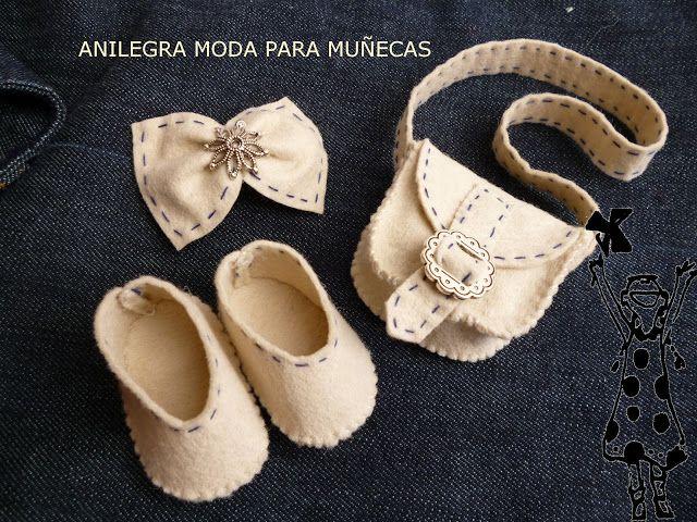 Antes de empezar a hacer los zapatos en piel , hice muchas pruebas en fieltro Y la verdad es que me gusta muchísimo como quedan El f...