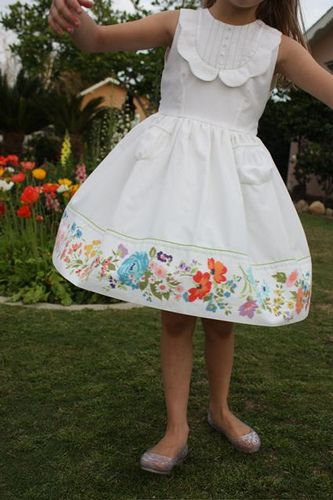 Easter dress sewn from a vintage pattern and thrifted sheets by carrie and this mama makes stuff