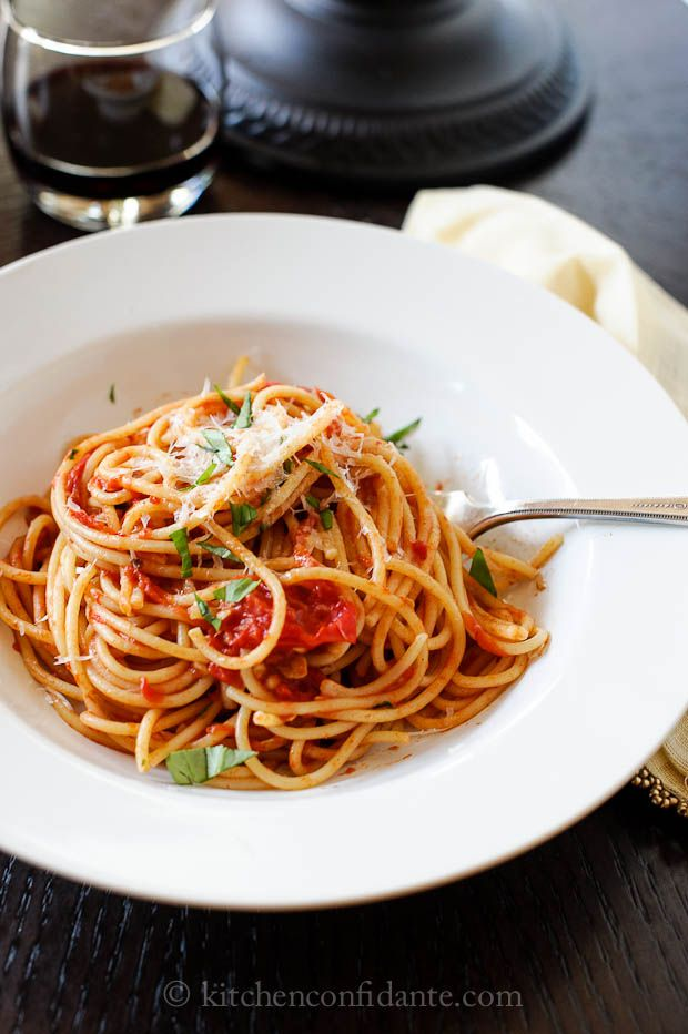 Spaghetti with Fresh Tomato Basil Sauce...my favorite go to meal with a little salad. So light, nurturing and tasty!