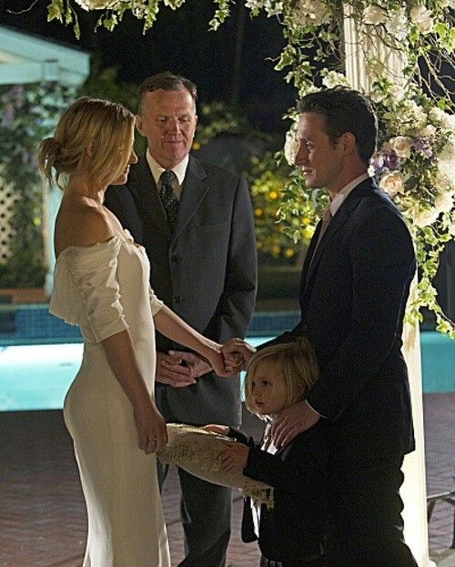 JJ and Wills wedding, Season 8, Criminal Minds. Love her dress! This is an example of less is more! They make a cute couple on this show!