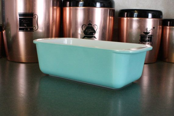 RARE Pyrex Turquoise Loaf Pan 213 by EleanorMeriwether on Etsy, $38.00