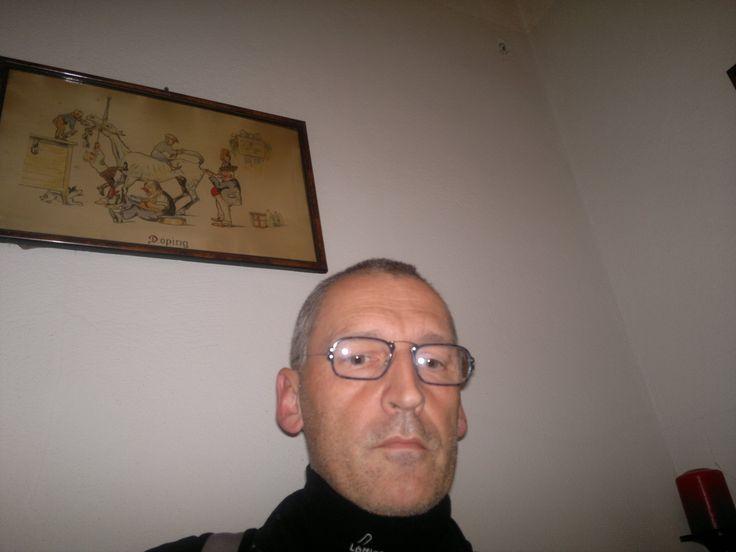 """Dr. Gerhard #Kaucic, #Schriftsteller, #Philosoph, #Grammatologische #Philosophische Praxis (11-2011), (Bild 1),  - Phil. Pr. im GH """" #Gösser Bierinsel """" im #Prater in #Wien zu #Derridas """"#Marx' #Gespenster """" als Antwort auf Alain #Badiou (zu #Demokratie im Kommen vgl. auch Derrida, """"#Schurkenstaaten"""")   -   Syrien, Libanon, Iran, Israel, der nahe Osten und der #Westen, Mordregime in #Syrien, quasi schon (11-2011 !) #Bürgerkrieg (!?!)"""