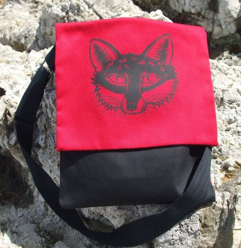 Fox Shoulder Bag | 100% printed cotton, approx 24cm width by 30cm depth with a cell pocket inside and a long adjustable cotton strap | Price: NZ$55