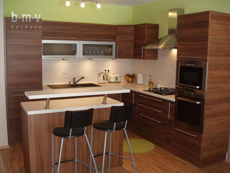 Kuchyňa orechový dekor - BMV Kuchyne