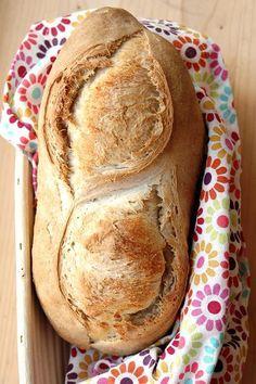 Pane al farro con prefermento - (Itailian) - Spelled bread with wholemeal prefermento of sourdough baked in a wood oven.