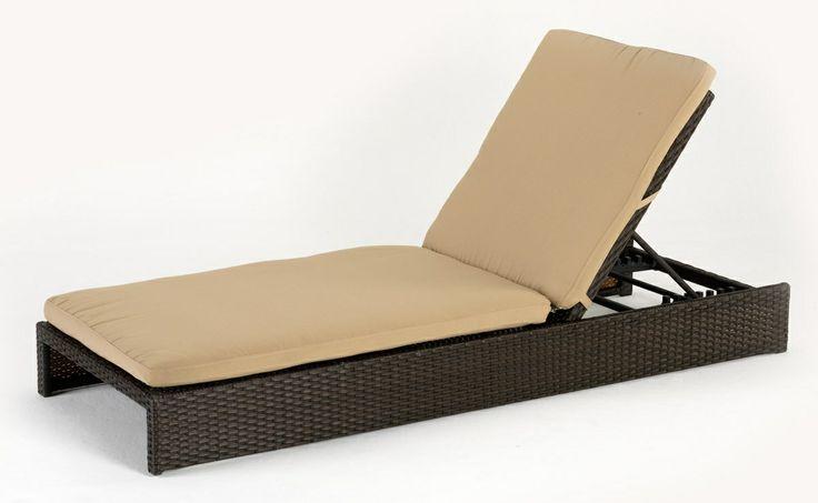 8 regolazioni per posizionare lo schienale nella maniera preferita, cuscino imbottito da 7 cm perfettamente rifinito. http://www.idfdesign.it/sdraio-lettini-spiaggia-piscina-e-giardino/ma100rat.htm ( 8 settings for slouching in the manner preferred by 7 cm cushion perfectly finished . ) http://www.idfdesign.com/sunloungers-deckchairs-beach-beds/ma100rat.htm [ #design #designfurniture #Produce ]