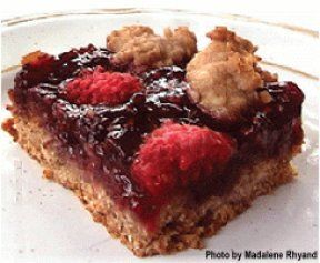 By: glutenfree and more...Gluten-Free Raspberry Oat Squares