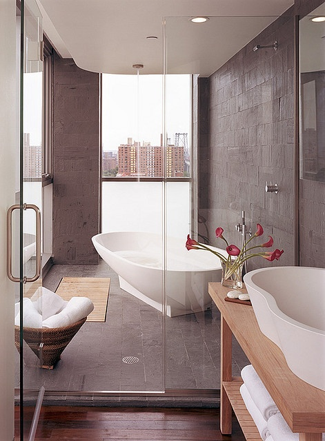 Top 25 ideas about luxury hotel bathroom on pinterest for Hotel room bathroom design