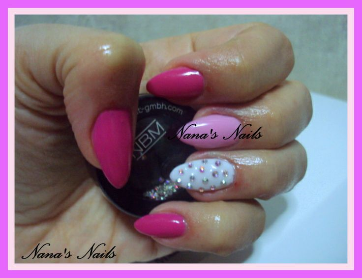 Pink Almond Gel Nails Strass