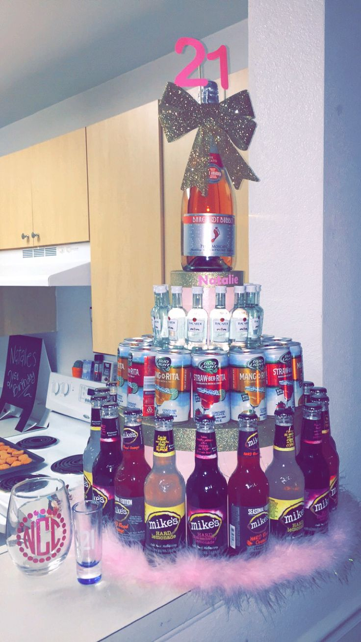 21st birthday ideas for your bestfriend, mini bottle cake