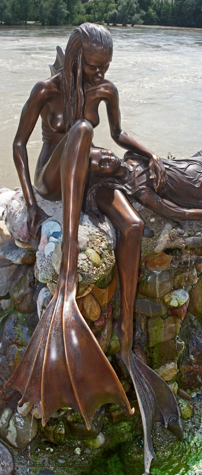 mermaid statue in Rheinfelden, photo by Pierre Likissas
