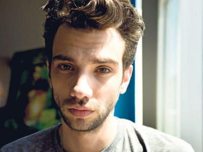 Jay Baruchel has a nervous habit of pulling the front of his hair up....he doesn't even TRY to look that cute