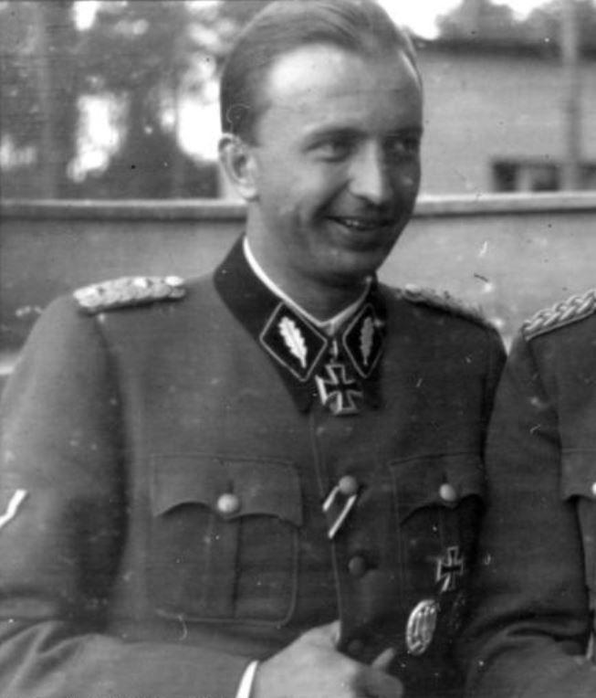 卐 SS-Gruppenführer Hermann Fegelein