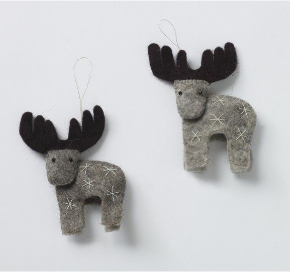 Felt Reindeer Ornaments from Dwell Studio. I think I might try making these myself!