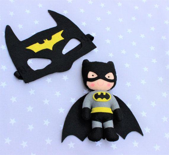 Máscara y muñeco Batman, careta, batman, niños, juguetes, fantasia, superheroe