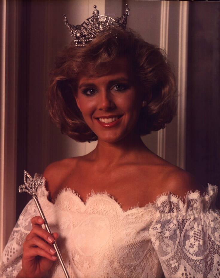Kellye Cash-Sheppard from Memphis, Tennessee, was Miss Tennessee 1986 and was crowned Miss America 1987. Cash is the great-niece of Johnny Cash. Following her reign as Miss America, Cash toured with Bob Hope's USO Show, and has appeared on The David Letterman Show, The Today Show, Good Morning America, among others. In addition to making approximately 100 appearances each year at charitable, community and political events, Cash has released six music CDs: four Christian and two country. She…