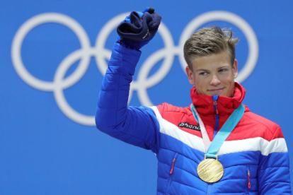 medal-ceremony-gold-medalist-johannes-hoesflot-klaebo-of-norway
