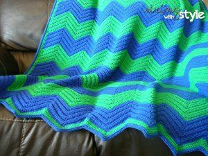 Addicted to Chevron Afghan | This ripple crochet afghan is beyond groovy