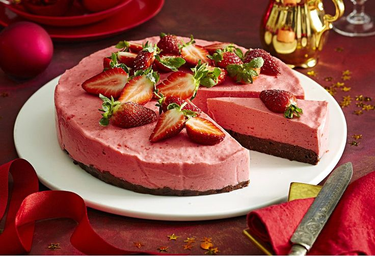 Pretty in pink, there's two luscious layers and oodles of oooh and ahhh! With a top fruity mousse and brownie biscuit bottom, it's an ideal summertime dessert.