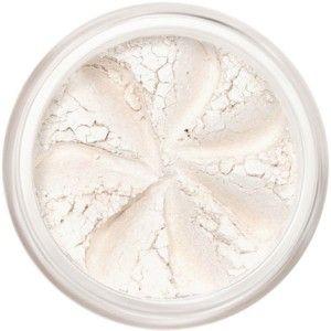 Blanc délicat légèrement irisé, le Fard à Paupières Minéral Orchid est un incontournable dans toutes les trousses de maquillage - à utiliser comme base ou pour illuminer le regard dans le coin interne de l'oeil. Riches en pigments naturels, les Ombres à Paupières Minérales Lily Lolo offrent des couleurs vibrantes et une tenue irréprochable. Lily Lolo Ombre à Paupières Minérale Orchid. 2g. 6,50€ #yeux #maquillage #mineral #fard #paupiere #lilylolo #blanc #orchid www.officina-paris.fr