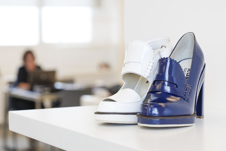Jil Sander Navy Resort 2015 Collection.  Infusing a fresh an Feminine Characteristic into these high heels.  #jilsander #navy #jilsandernavy #highheels #shoes #resort2015