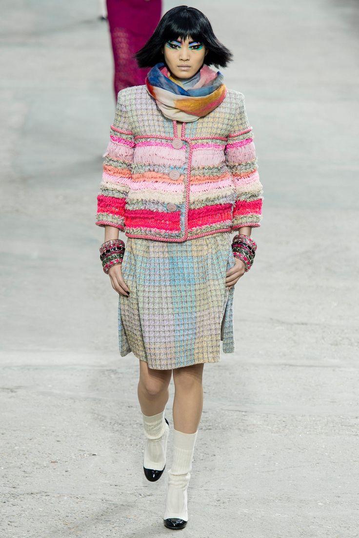 Chanel Spring 2014 Ready-to-Wear Fashion Show - Chiharu Okunugi (Women)