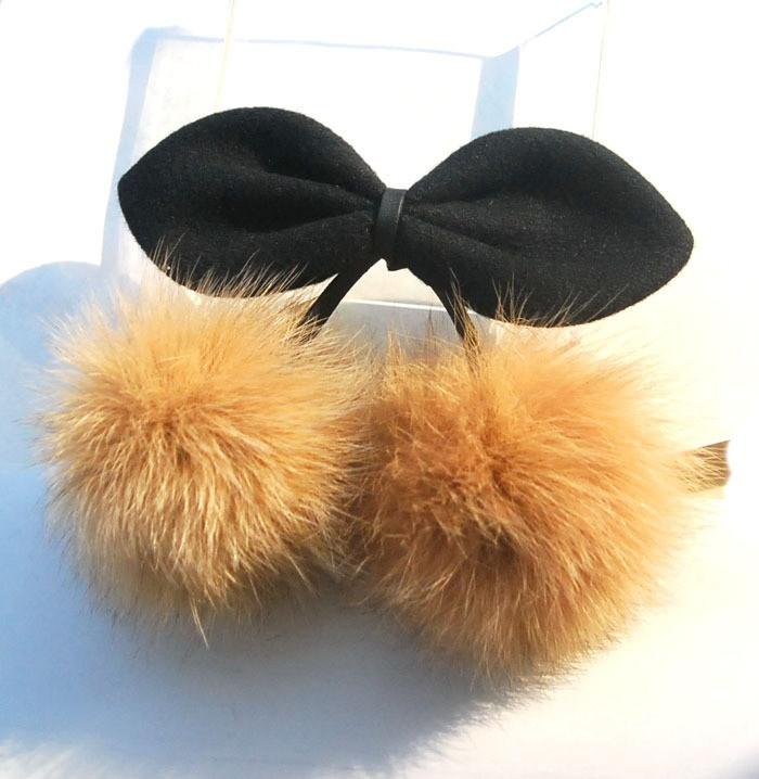 Las orejas de conejo auténtica lana moño de conejo