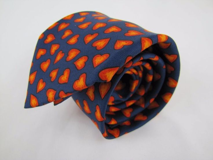 Special Hermes Paris for TCT Necktie 7602 SA Made in France Hearts Pattern MINT #Hermes #Tie