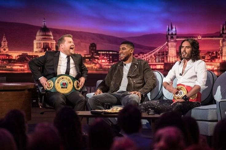 Heavyweight World Champion Anthony Joshua will appear as a guest alongside comedian and actor Russell Brand on The Late Late Show with James Corden tonight, June 7 (12:37 a.m. ET/ PT) on CBS. 📷: @cbstv  #Boxing #Boxeo #RoundByRoundBoxing #RoundByRound #RBRBoxing #RBRBuzz #BoxingNews #ShowtimeBoxing #LateLateShow #LateLateLondon #Showtime #Heavyweight #UK #Champion #AJ #BoxingNews #BoxingHype #BoxingFanatik