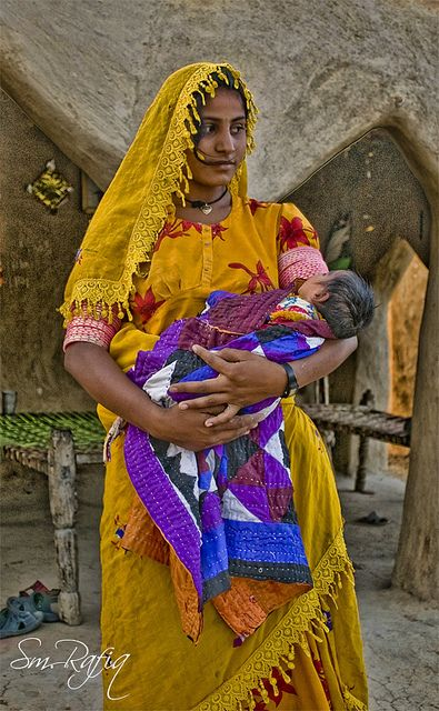 A mother with her Child in rural Sindh, Pakistan | Syed M.Rafiq  #world #cultures