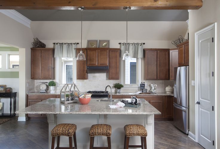 Kitchen Pictures - Custom Kitchens Photo Gallery