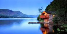 Doğanın En Güzel Renklerinin Buluştuğu Göl Evleri