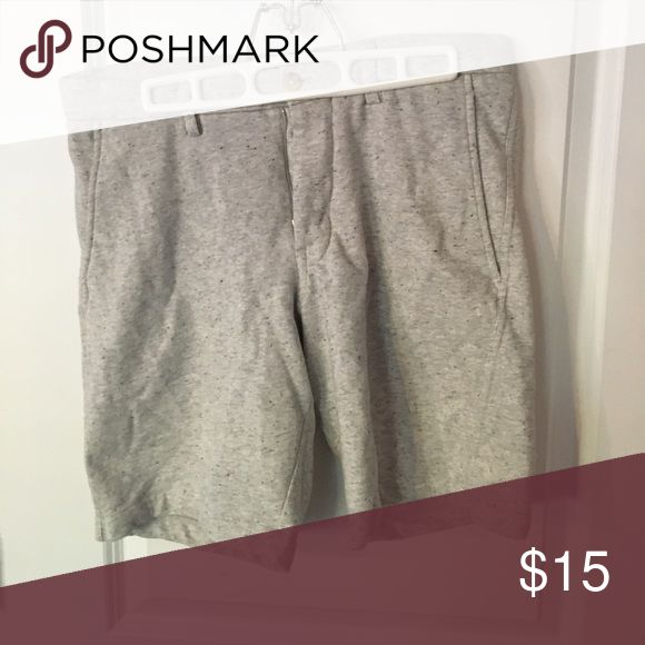 Banana Republic cotton/poly shorts Need to leave the house but don't want to change out of pajamas? WEAR THESE SHORTS. Soft, comfortable, and socially acceptable! Size 31 waist Banana Republic Shorts Hybrids