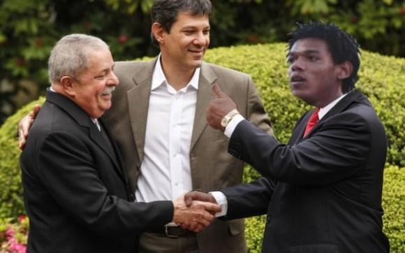 awesome Lula anuncia aliança com Romarinho