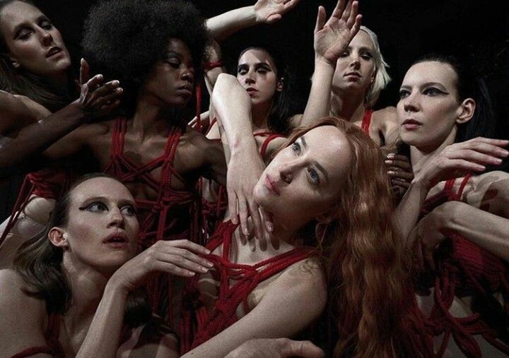 Suspiria 2018 I M Not Surprised That Audiences Have Been Divided Over This One That Said I Think It S A V Dakota Johnson Movie Director Film Inspiration