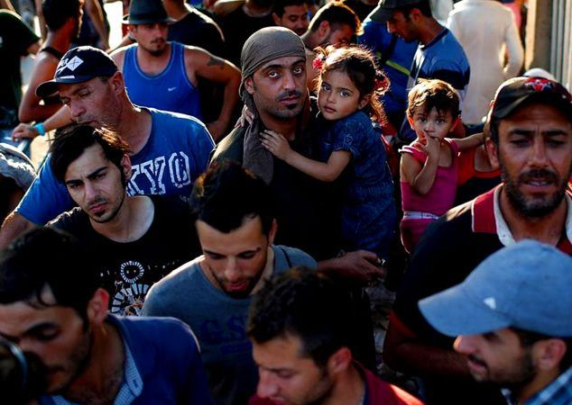 Obama Blocking Admittance Into U.S. Of Syrian Christian Refugees In Favor Of Sunni Muslims