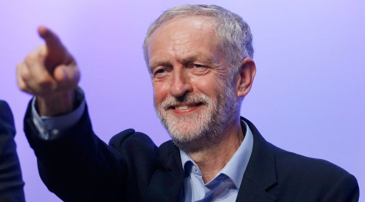BBC 'anti-Corbyn bias' challenged by 61,000-strong petition http://sumo.ly/88oI  Jeremy Corbyn © Peter Nicholls